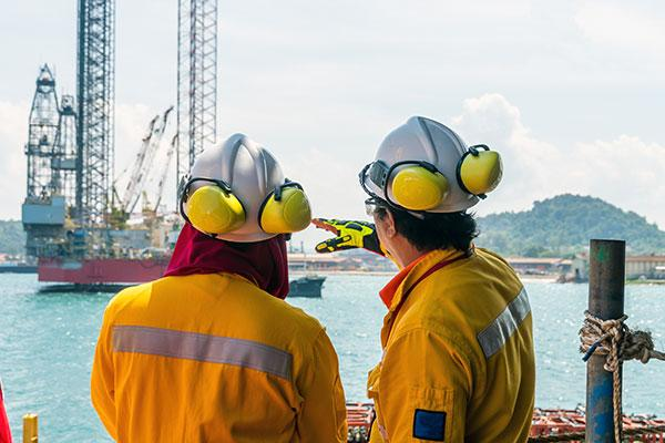 ISS Oil and Gas Workers